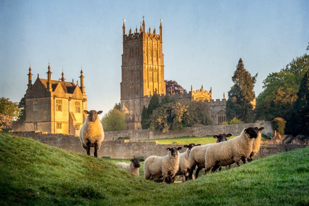 คอทส์โวลด์ส (Cotswolds) อังกฤษ (England)